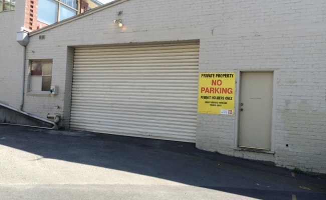 parking on Campbell Street in Hobart