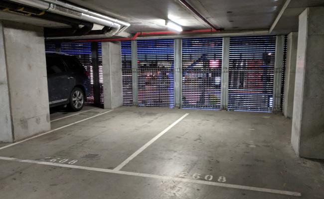 Melbourne - 24/7 Private Carpark in CBD #1