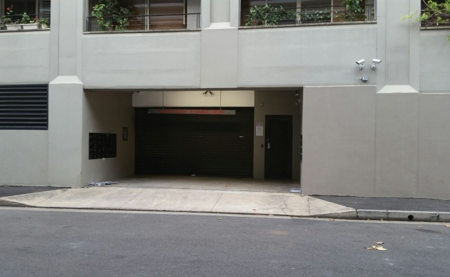 Indoor lot parking on Cowper Wharf Road in Woolloomooloo