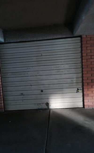 Granville - Secure Garage for Parking/Storage near Train Stations