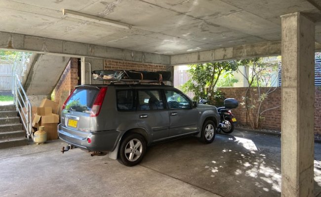 Covered Parking Space 5 minute walk from Bondi Beach