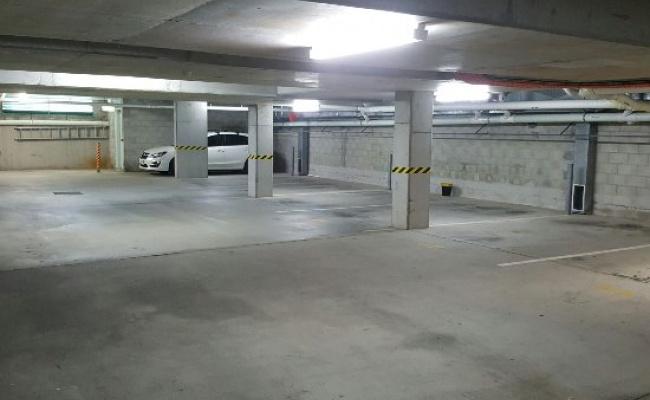Secure Parking at Kensington