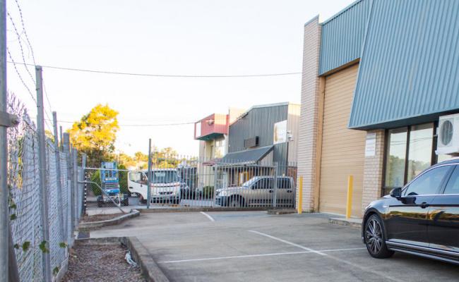 Outdoor lot parking on Darnick Street in Underwood
