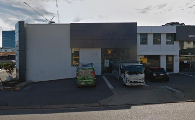 Driveway parking on Doggett Street in Newstead Queensland