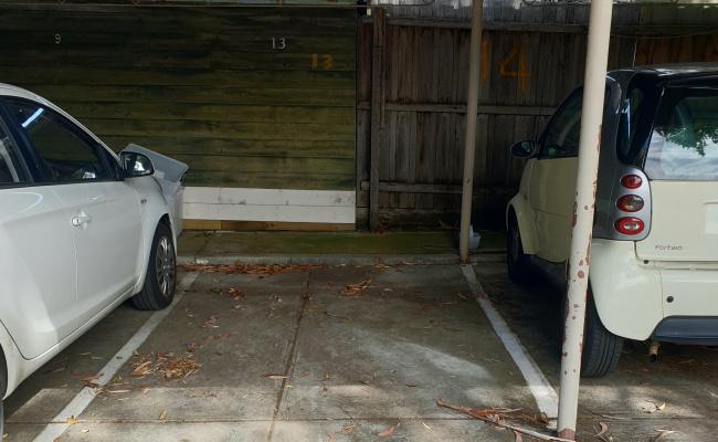 Cheap covered car parking at hawthorn near Swinburne University