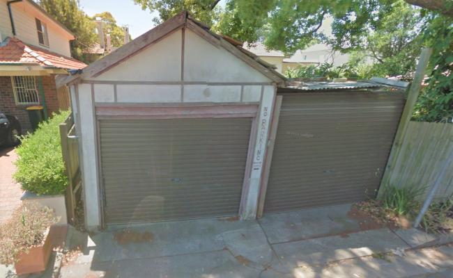 Lock up garage parking on Ernest St in Crows Nest NSW