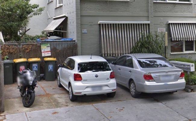 Driveway parking on Foam St in Elwood
