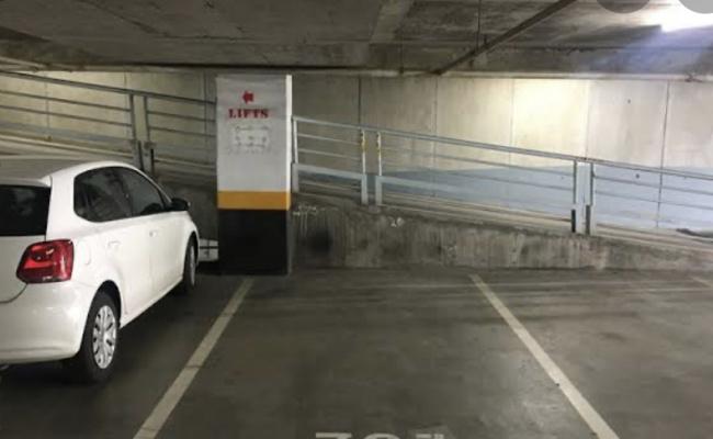 Indoor lot parking on Franklin Street in Melbourne Victoria