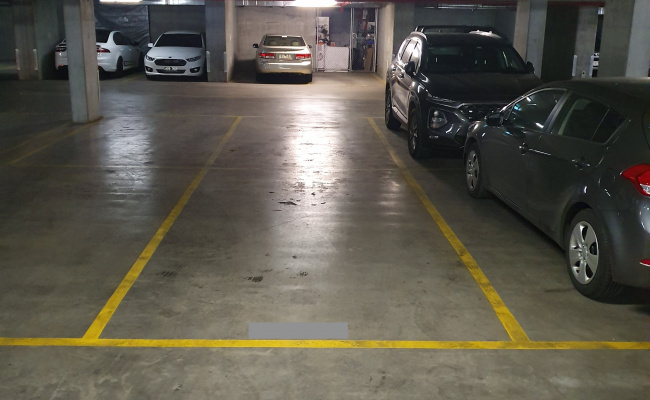 Indoor lot parking on Freshwater Place in Southbank VIC