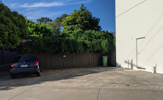 Outdoor lot parking on Gardner Street in Richmond Victoria