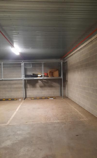 Secure parking space near cbd & tramline (800m to casino)