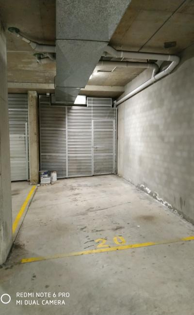 Basement parking - close to Flemington station available immediately