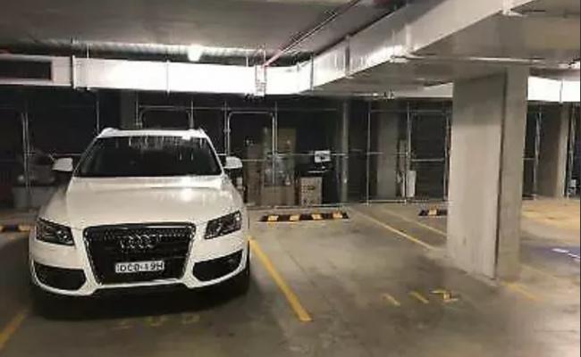 Indoor lot parking on Jones Street in Ultimo