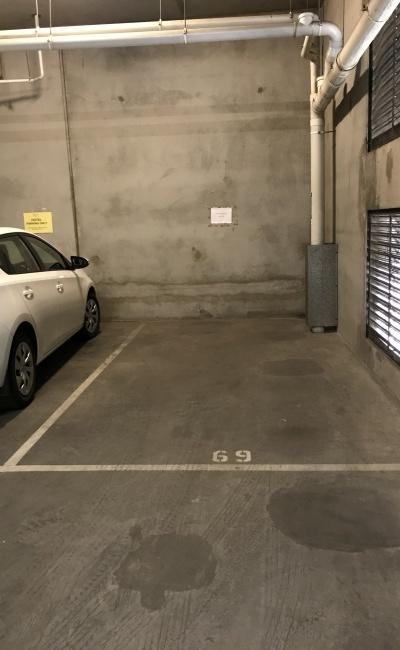 Secure carspace in Melbourne CBD