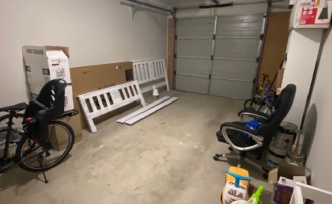 Fabulous Garage Space For All Your Needs!