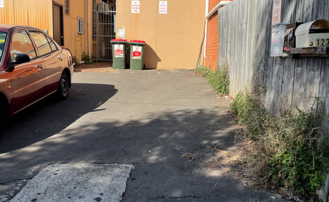 Newtown - Open Tandem Parking near RPA and Sydney UNI