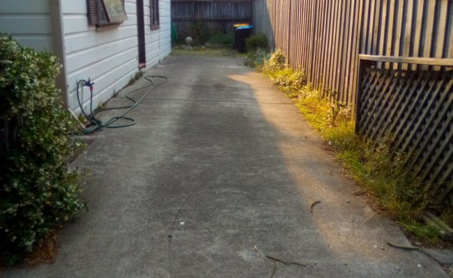 Driveway parking on Malvern Ave in Manly NSW 2095