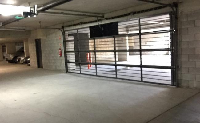 Indoor lot parking on Mascar Street in Upper Mount Gravatt Queensland