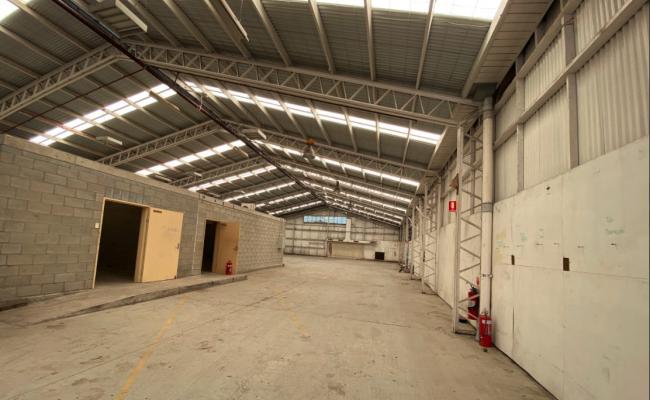 Indoor lot parking on Maud Street in Newstead Queensland