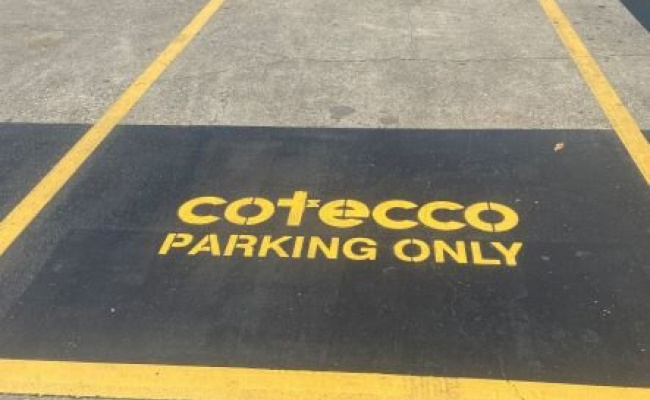 Easy access parking in central Fortitude Valley!