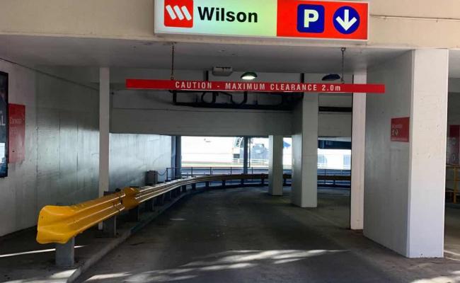 Super Deal Garaged Parking near Wilsons Garages