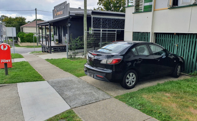 Easy driveway parking directly opposite Greenslopes private hospital