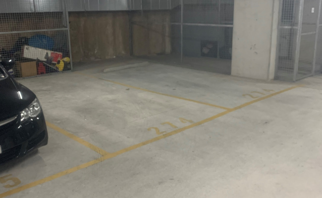 North Rocks - Secured Indoor Parking Near Shopping Centre