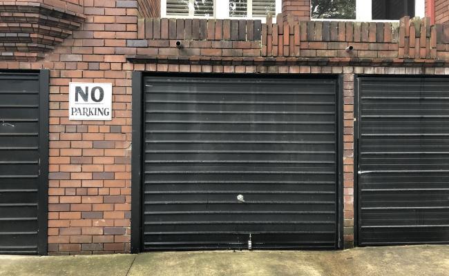 Lock up garage parking on Ocean Street in Woollahra