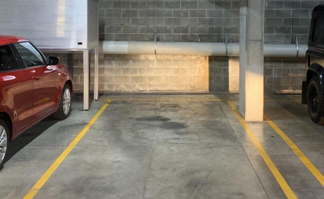 Cheap car space in WATERLOO/REDFERN