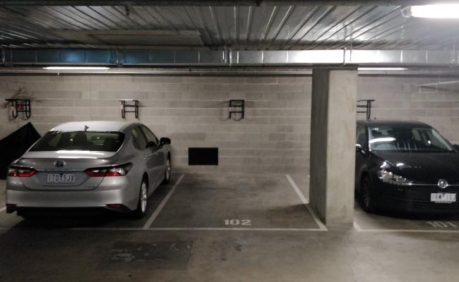 (Queens Lane) Modern underground parking