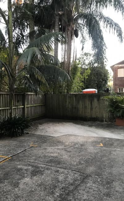 Outdoor lot parking on Rangers Road in Cremorne NSW