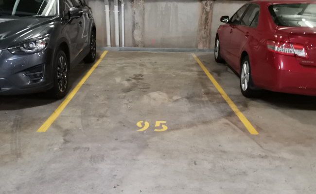 Waitara - Garage for Parking near Station
