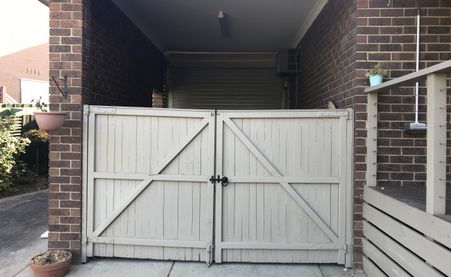 Great secured storage in a locked garage! Perfect for vehicles, boxes, spare luggage Long/Short term