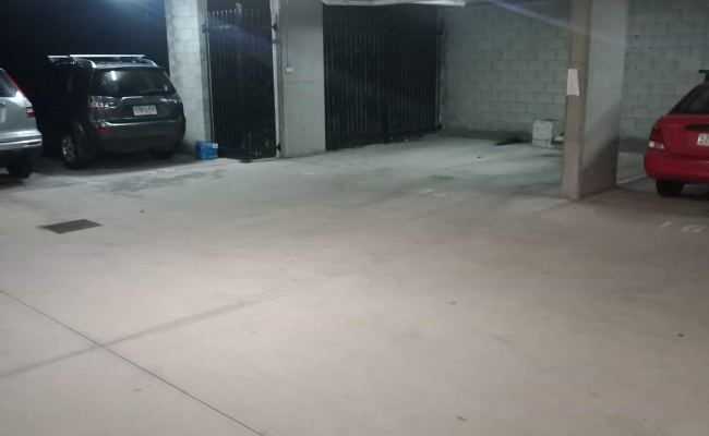 SECURE CAR SPACE FOR RENT WITH REMOTE IN SOUTH BRISBANE