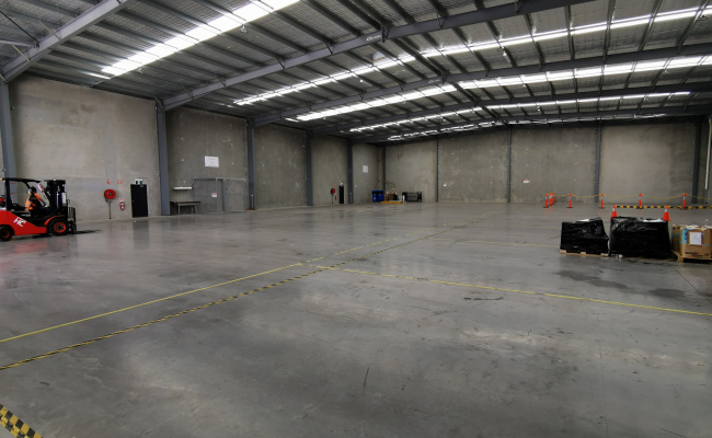 Prestons NSW Commercial Warehouse Storage 260m2 - Refer to description!!!