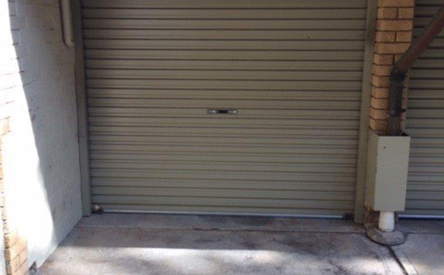 Lock up garage parking on Ralston St in Lane Cove North