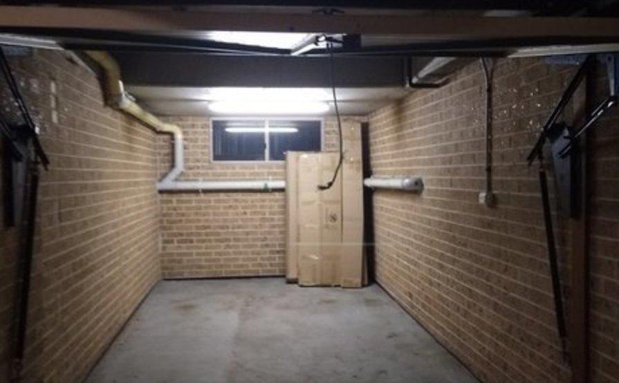 Lock up garage parking on Gladstone St in Kogarah